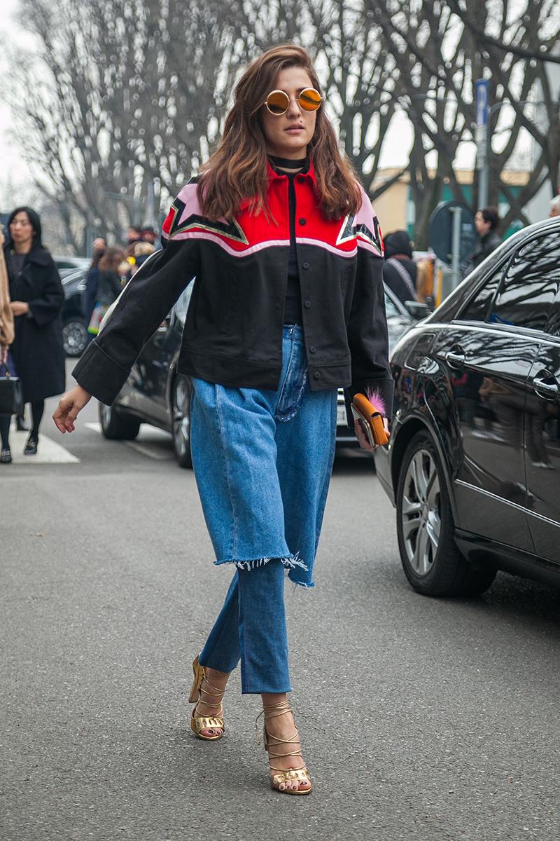 Italian blogger wearing Ksenia Schnaider jeans, photo by Aleksei Kipenko, @kipenkocom